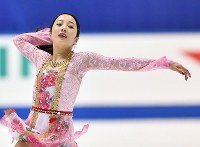 Marin Honda performs her free program at Japan's national figure skating championships at Towa Pharmaceutical Co.'s Ractab Dome in the city of Kadoma, Osaka Prefecture, on Dec. 23, 2018. (Mainichi/Kenji Ikai)