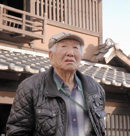 「仕事の夢ばかり見る」と話す馬場正男=2018年12月14日、勝田友巳撮影