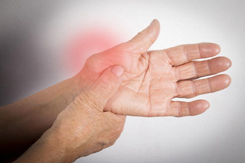 更年期 男性 が の 関節 痛い 指