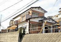 学生たちが暮らすシェアハウスとして有効活用される空き家=日立市西成沢町3で26日午後1時、佐藤則夫撮影