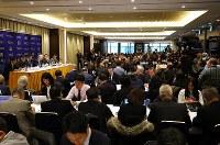 大鶴基成弁護士らの記者会見に集まった多くの報道陣ら=東京都千代田区の日本外国特派員協会で2019年1月8日午後3時41分、宮武祐希撮影