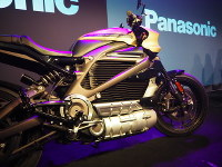 An electric motorbike co-developed by Panasonic Corp. and Harley-Davidson Inc., which is equipped with mobile communication device, is seen at the Consumer Electronics Show in Las Vegas, on Jan. 7, 2019. (Mainichi/Mihoko Kato)