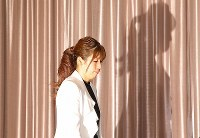 Wrestling star Saori Yoshida arrives at a news conference on her retirement at a hotel in Tokyo on Jan. 10, 2019. (Mainichi/Toshiki Miyama)