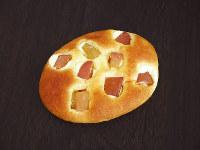 青森りんごのブリオッシュ~はちみつバター仕立て(260円)=提供写真