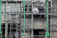 取り外された岩手県大槌町の旧役場庁舎の時計=同町で2019年1月15日午前9時4分、喜屋武真之介撮影