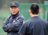 渡辺元智 /無名校だった横浜を猛練習で鍛え上げ、全国制覇5回の名門に育て上げた=2014年2月2日、西本勝撮影