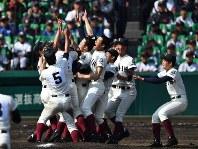 第89回大会・大阪桐蔭=2017年4月1日、三浦博之撮影