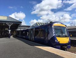 英国内でも鉄道旅行を楽しむ外国人観光客が増えそうだ(著者撮影)