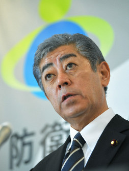 Defense Minister Takeshi Iwaya (Mainichi)