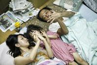 日本映画大賞を受賞した「万引き家族」の一場面