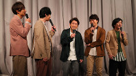 Members of the Japanese pop band Arashi smile at a press conference in Tokyo's Minato Ward on Jan. 27, 2019. From left to right, Masaki Aiba, Jun Matsumoto, Satoshi Ono, Sho Sakurai and Kazunari Ninomiya. (Mainichi/Naoaki Hasegawa)