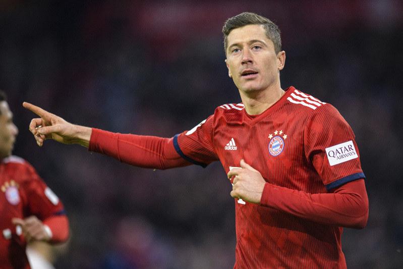 separation shoes 4b38d 6e3bb Bundesliga: Lewandowski scores as Bayern keeps pace with ...