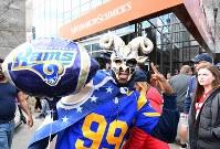 スーパーボウルに向け盛り上がるラムズのファン=米ジョージア州アトランタで2019年2月3日、ロイター