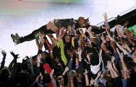 スーパーボウルハーフタイムショーに登場したトラビス・スコット=米ジョージア州アトランタで2019年2月3日、AP