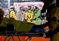 G20サミットに向けた合同訓練で連携を取る消防隊員ら=大阪市住之江区で2019年2月5日、山崎一輝撮影