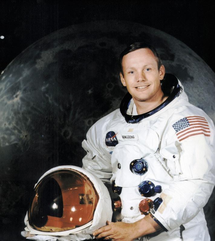 チェック:僕の父は普通の英雄 「月面着陸」船長の素顔 - 毎日新聞
