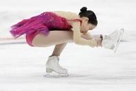 【フィギュア4大陸選手権女子SP】8位発進と出遅れた三原舞依(日本)の演技=米カリフォルニア州アナハイムで2019年2月7日、AP