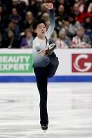 【フィギュア4大陸選手権男子SP】ビンセント・ゾウ(米国)の演技=米カリフォルニア州アナハイムで2019年2月7日、AP