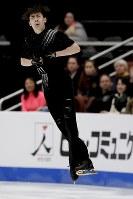 【フィギュア4大陸選手権男子SP】金博洋(中国)の演技=米カリフォルニア州アナハイムで2019年2月7日、AP