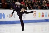 【フィギュア4大陸選手権男子SP】宇野昌磨(日本)の演技=米カリフォルニア州アナハイムで2019年2月7日、AP