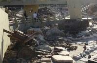 破壊したイスラエル軍の兵器を展示するヒズボラの「抵抗博物館」=2018年11月19日、レバノン南部ムリータで篠田航一撮影