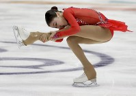 【フィギュア4大陸選手権】女子フリーで高得点を上げ、2位となったエリザべート・トゥルシンバエワ(カザフスタン)=米カリフォルニア州アナハイムで2019年2月8日、AP