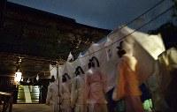 出雲大社平成の大遷宮は本殿遷座祭でクライマックスを迎えた=島根県出雲市で2013年5月10日、山崎一輝撮影
