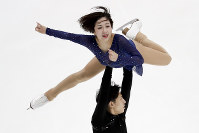 Wenjing Sui and Han Cong, of China, perform during the pairs free skate competition at the Four Continents Figure Skating Championships on Saturday, Feb. 9, 2019, in Anaheim, Calif. (AP Photo/Chris Carlson)