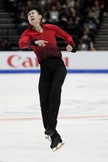 【フィギュア4大陸選手権】男子フリーで2位の金博洋(中国)の演技=米カリフォルニア州アナハイムで2019年2月9日、AP