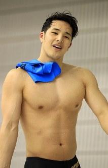 競泳男子200メートルバタフライ決勝を制するも、タイムが不満な瀬戸大也=千葉県国際総合水泳場で2019年2月17日、梅村直承撮影