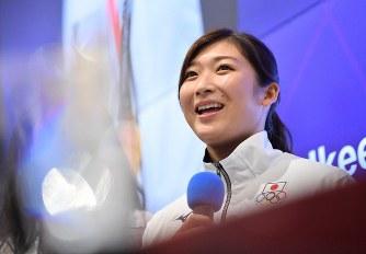 アジア大会MVPに選ばれあいさつする池江璃花子選手=ジャカルタで2018年9月2日、宮間俊樹撮影