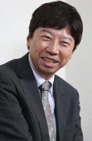 インタビューに答える棋士の杉本昌隆七段=名古屋市北区で2018年3月16日、兵藤公治撮影