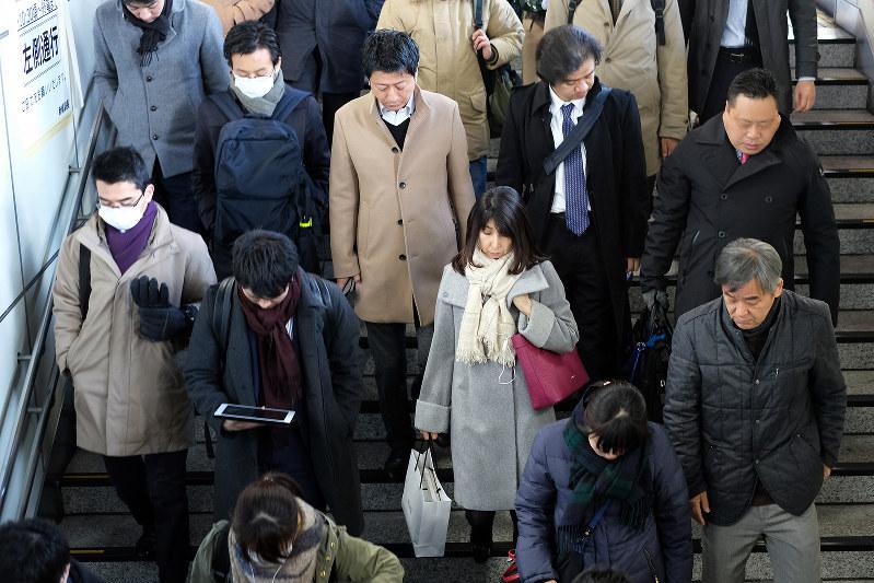 米中貿易摩擦の影響で日本経済にも逆風が吹く(Bloomberg)