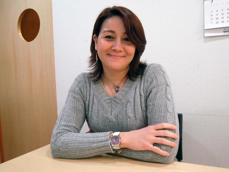 電車の英語アナウンス、実はあの人…NHK「英語であそぼ」出演 | 毎日新聞
