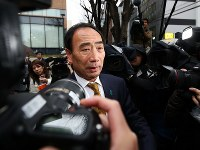 初公判を終え、大阪地裁を後にする籠池泰典被告=大阪市北区で2019年3月6日午後5時5分、小出洋平撮影
