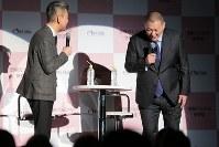 """「誤解だらけの""""依存症""""in東京」のトークセッションに登場した清原和博氏(右)=東京都中央区で2019年3月6日午後7時3分、和田大典撮影"""