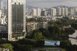 1級都市では住宅価格の抑制策が効く(深圳市)(Bloomberg)