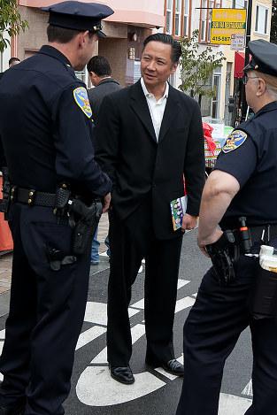 不法移民の裁判などで活躍したジェフ・アダチ氏(Photo by JD Lasica CC BY 2.0)