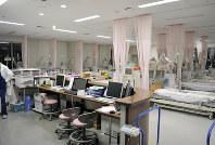 「死」の選択肢提示の現場になった公立福生病院の腎臓病総合医療センター=東京都福生市で2019年2月、斎藤義彦撮影