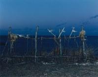 ヌサ(祭壇)。根室市で2015年12月撮影=「AINU」から(c)HIROSHI IKEDA