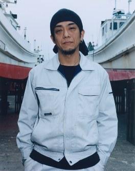 白老町で2013年5月撮影=「AINU」から(c)HIROSHI IKEDA