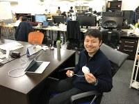 トリプル・ダブリュー・ジャパンのオフィスで、「DFree」について話す中西敦士社長=2019年2月27日、竹之内満撮影