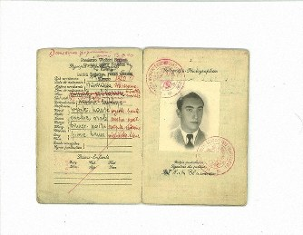 Passport with 'visa for life' issued by 'Japanese Schindler