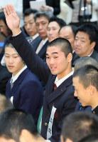 選手宣誓を引き当てた広陵の秋山功太郎主将=大阪市北区で毎日新聞大阪本社オーバルホールで2019年3月15日午前9時39分、幾島健太郎撮影