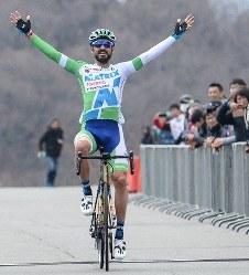 Jプロツアー第2戦「修善寺ロードレースDay2」で優勝したフランシスコ・マンセボ=全日本実業団自転車競技連盟提供