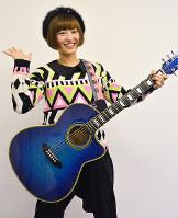 シンガー・ソングライターのmimikaさん=高松市天神前で、岩崎邦宏撮影