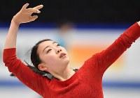 世界選手権開幕を控え練習する紀平梨花=さいたまスーパーアリーナで2019年3月18日、宮間俊樹撮影