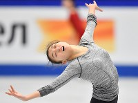 世界選手権開幕を控え練習する坂本花織=さいたまスーパーアリーナで2019年3月18日、宮間俊樹撮影
