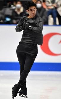 世界選手権開幕を控え練習する米国のネーサン・チェン=さいたまスーパーアリーナで2019年3月18日、宮間俊樹撮影