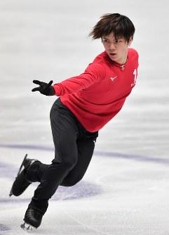 世界選手権開幕を控え練習する宇野昌磨=さいたまスーパーアリーナで2019年3月18日、宮間俊樹撮影